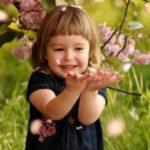 Как вырастить ребенка счастливым: от чего стоит отказаться родителям