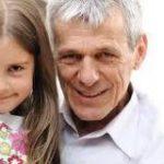 Эксперты раскрыли, чем опасно позднее отцовство