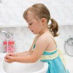 Как приучить ребенка быть аккуратным